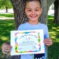 """9-годишният художник Никола грабна първа награда в международния конкурс """"Kids Art and Craft Online Contest"""""""